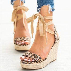 NEW🖤 leopard print wrap wedges open toe